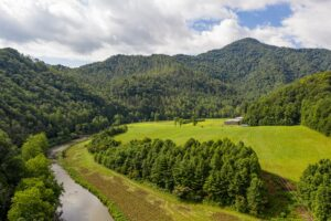 New 404 Acre Listing With Riverfrontage