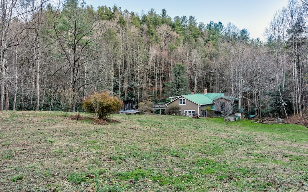 102 Acre Homestead In Mitchell County