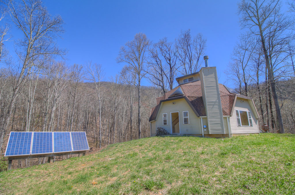 Off Grid in the Nantahala Forest